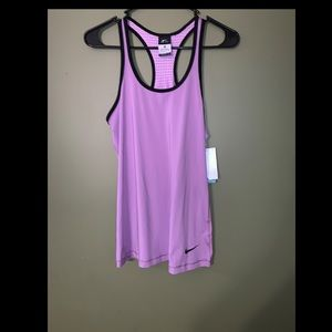 -NWT- Nike dry-fit workout tank